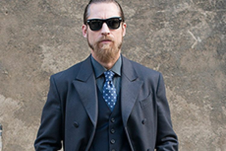גבר למופת בשבוע האופנה בפריז. צילום: אימג'בנק/ Getty Images