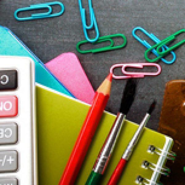 כלי כתיבה. צילום: Shutterstock
