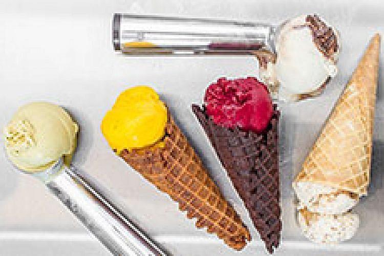 גלידה בוזה. צילום: אנטולי מיכאלו