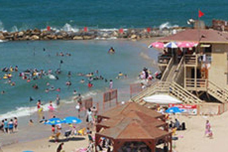חוף נורדאו, גם הוא נסגר בשל זיהום בעונת הרחצה הקודמת. צילום: זיו ממון