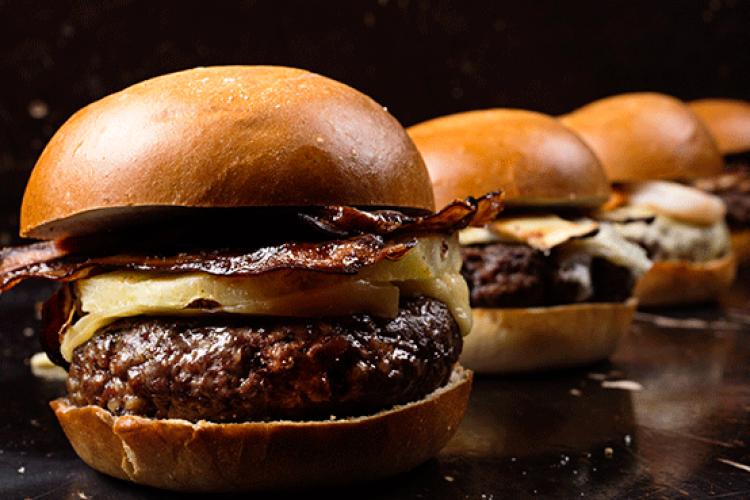 המבורגר אננס, בייקון וגורייר של NG