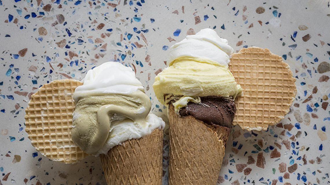 גלידה אוטלו. צילום: אנטולי מיכאלו