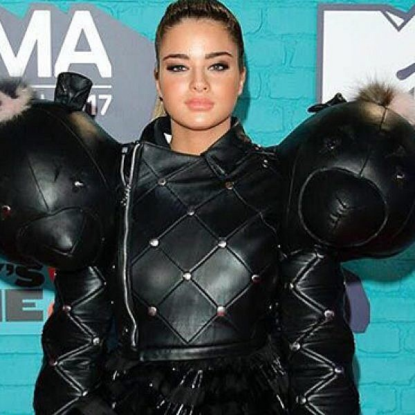 נועה קירל בטקס פרסי MTV בסטיילינג של רנה גליקסמן ולימקה. שמלה - אוהד קריאף. צילום: יח