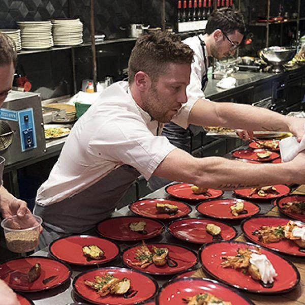 דייויד פרנקל בארוחה הסודית הרביעית לעונה. צילום: אנטולי מיכאלו
