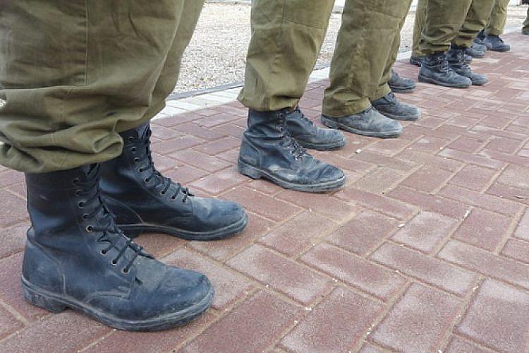 חיילים (צילום: שאטרסטוק)