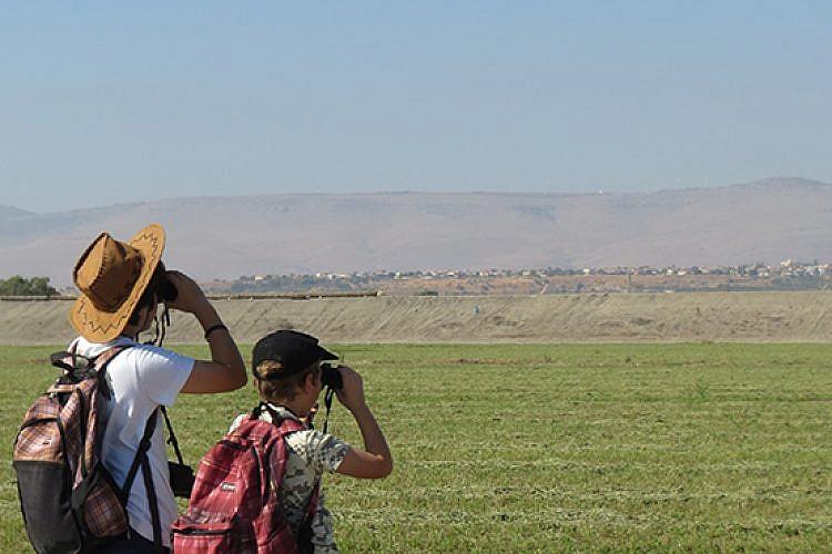 חוג צפרות של החברה להגנת הטבע (צילום: יעל לנרד)