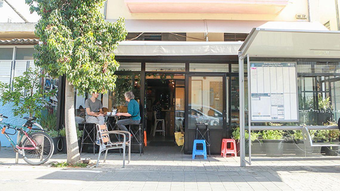 גצל, בית קפה, שכונת שפירא (צילום: שלומי יוסף)