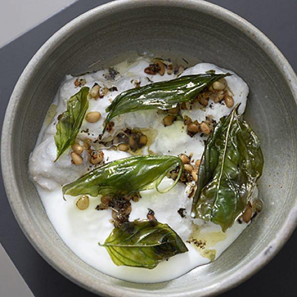 השישברק ביוגורט של מסעדת משייה. צילום: אנטולי מיכאלו