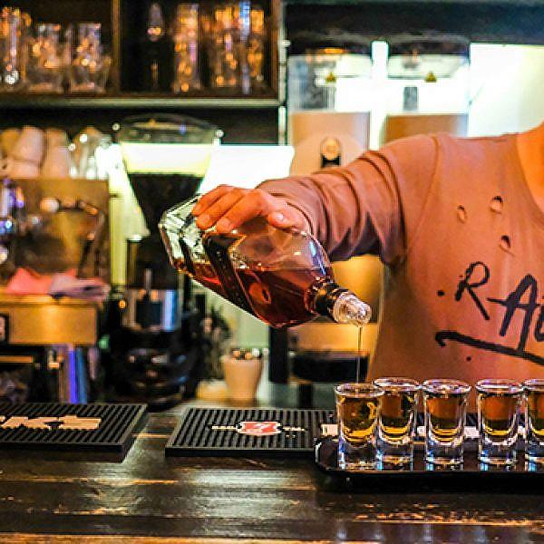 Tabacco Bar, גבעתיים (צילום: שלומי יוסף)