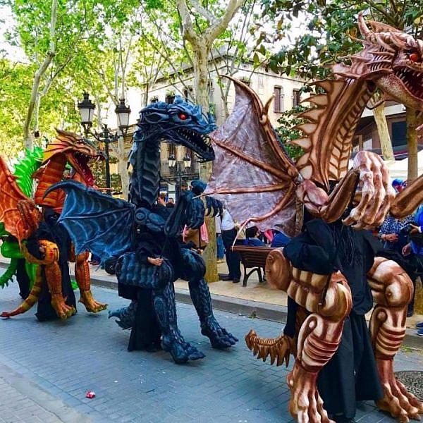 העדלאידע בחולון (צילום: The Dragons of Barcelona)