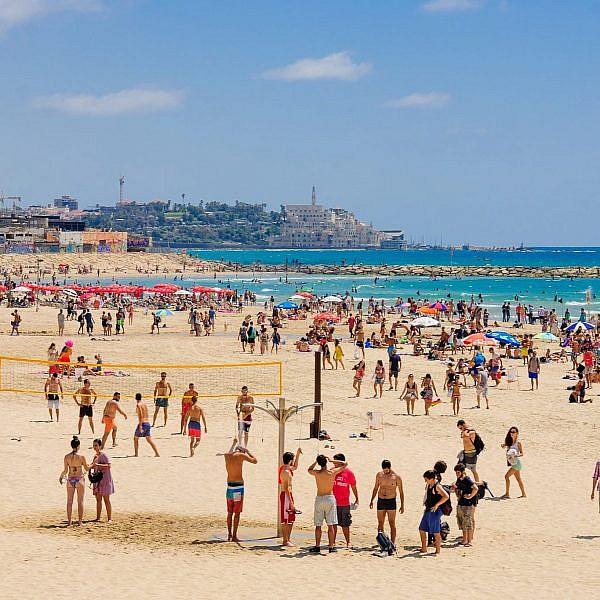 חוף תל אביב. צילום: Shutterstock