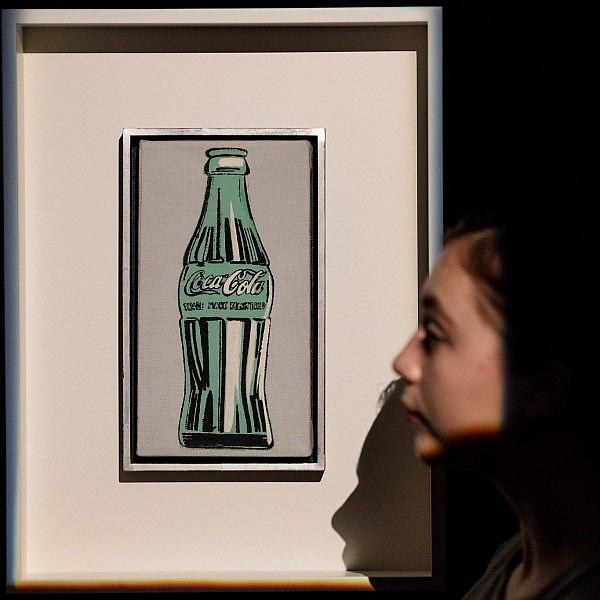 בקבוק הקולה היקר בעולם הוא בעצם ציור של אנדי וורהול משנת 1962. צילום: Getty Images