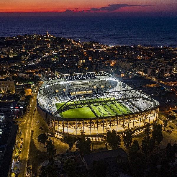 אצטדיון בלומפילד המחודש (צילום: ברק ברניקר)