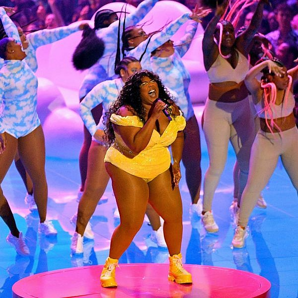 ליזו בטקס פרסי MTV (צילום: מייק קופולה/גטי אימג'ס עבור MTV)