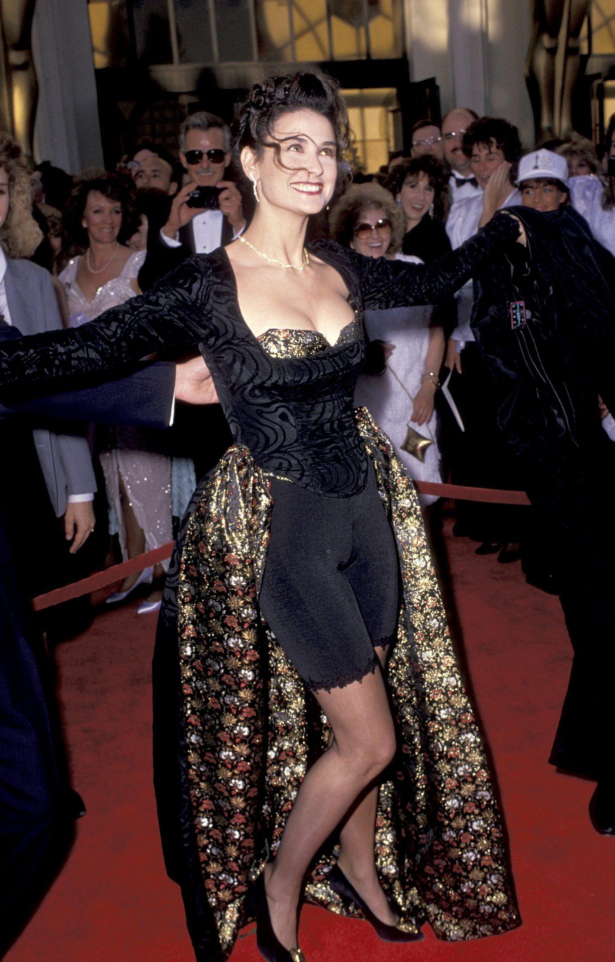 השנה בה דמי מור החליטה שהיא לא תהיה מעצבת אופנה. צילום: GettyImages/Jim smeal