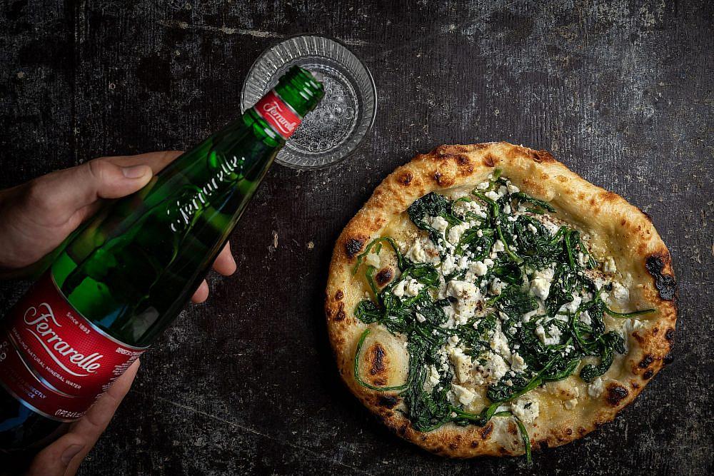 הפיצה של תומר אגאי. צילום: שני בריל