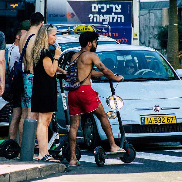 תנועה טיפוסית בתל אביב (צילום: Shutterstock)