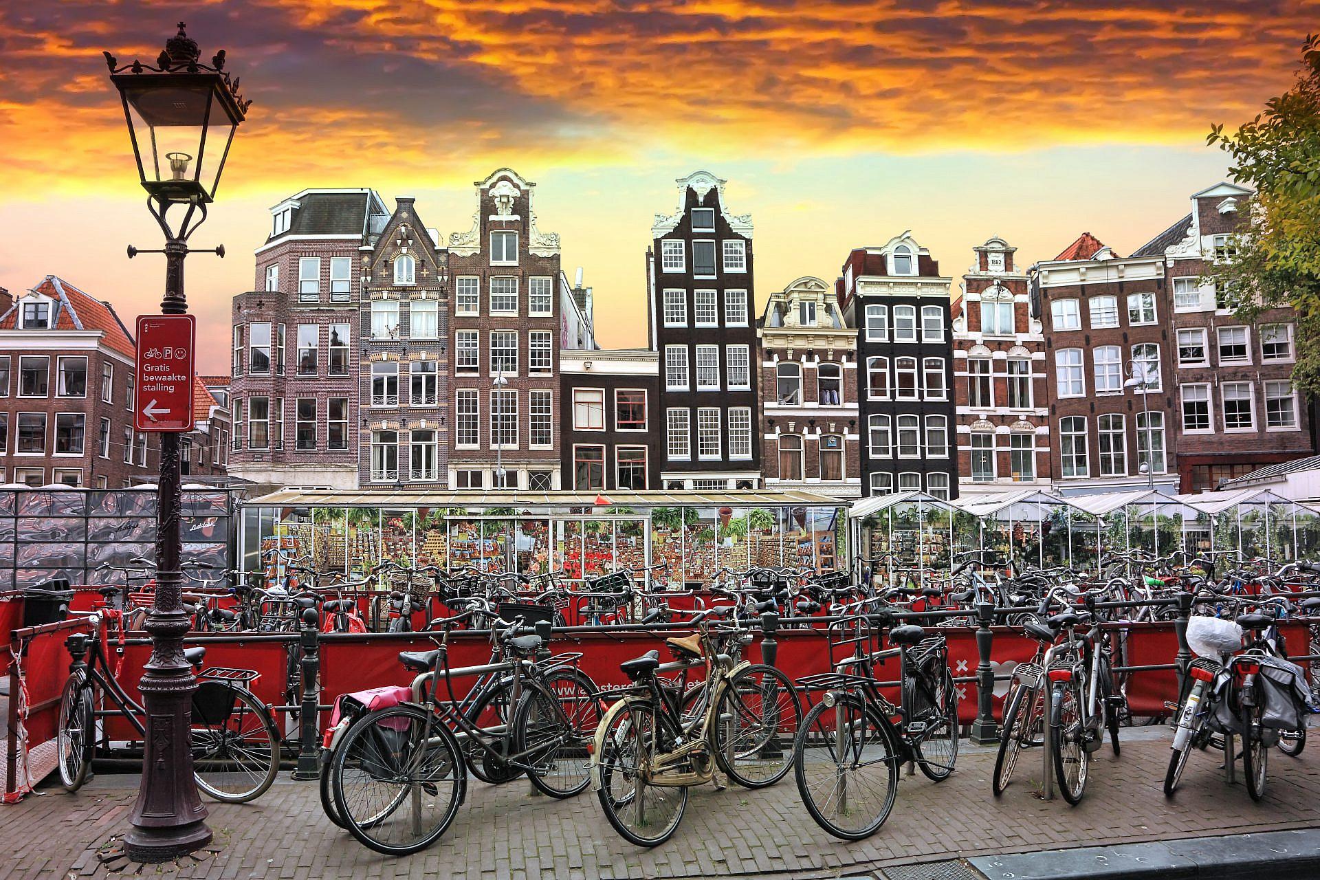 באמסטרדם ובקופנהגן זה הסטנדרט. אופני אבא (צילום: שאטרסטוק)