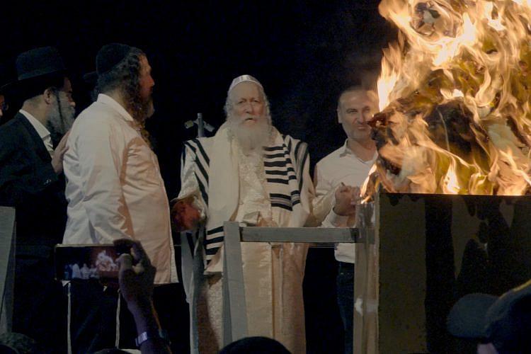 """הרב ברלנד (מתוך """"רב הנסתר – הסוד של קהילת 'שובו בנים'"""")"""