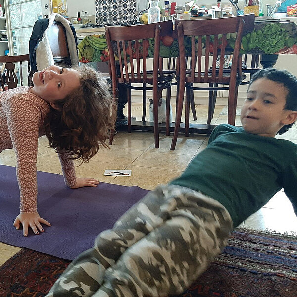 שיעור היוגה החמוד בתבל