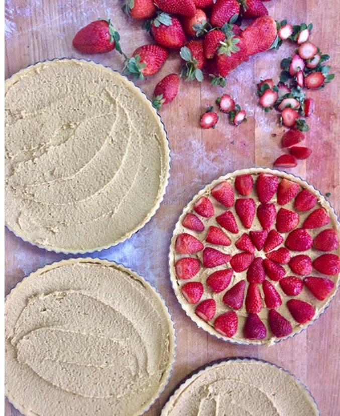 פאי תותים, הבסטה (צילום: מיכל לויט)