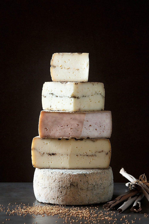 גבינות שירת רועים (צילום: מתן שגיא)