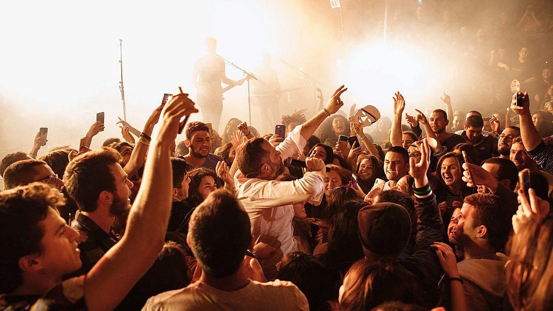 מרסדס בנד בבארבי (צילום: אורית פניני)