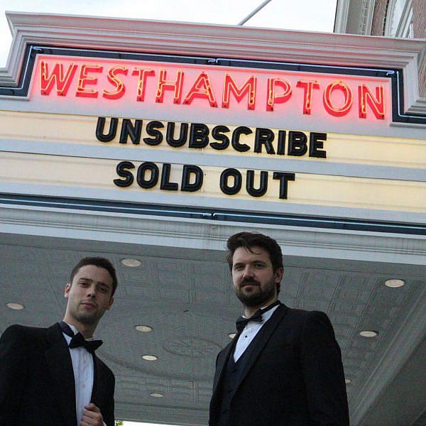 אריק טאבאך וכריסטיאן נילסון בהשקת סרטם (צילום מסך מעמוד הפייסבוק של נילסון)