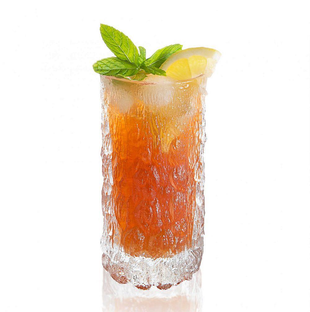 צונן וטבעי עם או בלי אלכוהול (צילום: שגיא סרויה)