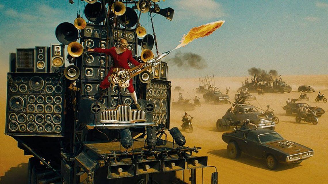 """תעמיסו רמקולים על האוטו ובואו. מחאת המוזיקה בבלפור (צילום מתוך """"מקס הזועם: כביש הזעם"""")"""