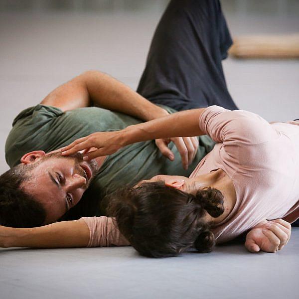 לרקוד עם סביצ'ה בעיניים. ורטיגו Food & Art (צילום: אלכס קולומויסקי)