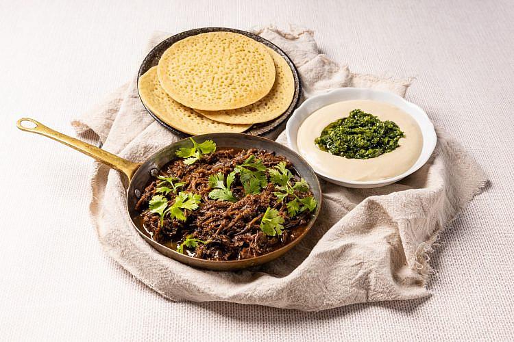 קטאייף בשר טלה בפופ אפ של יוסי שטרית (צילום: ליאל זנד, וולט ישראל)