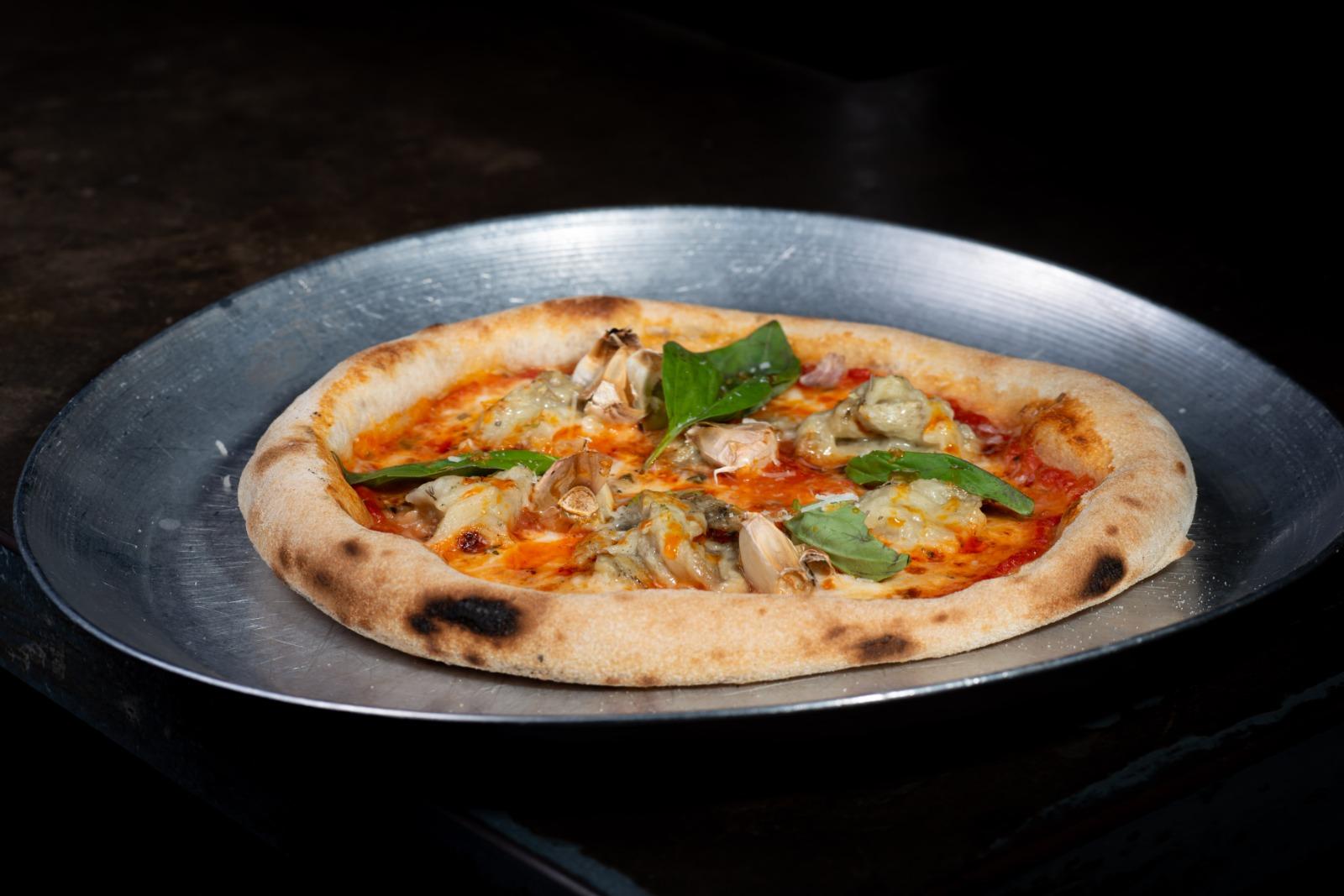 פיצה מרגריטה של מרקטו. צילום: נורית פורן