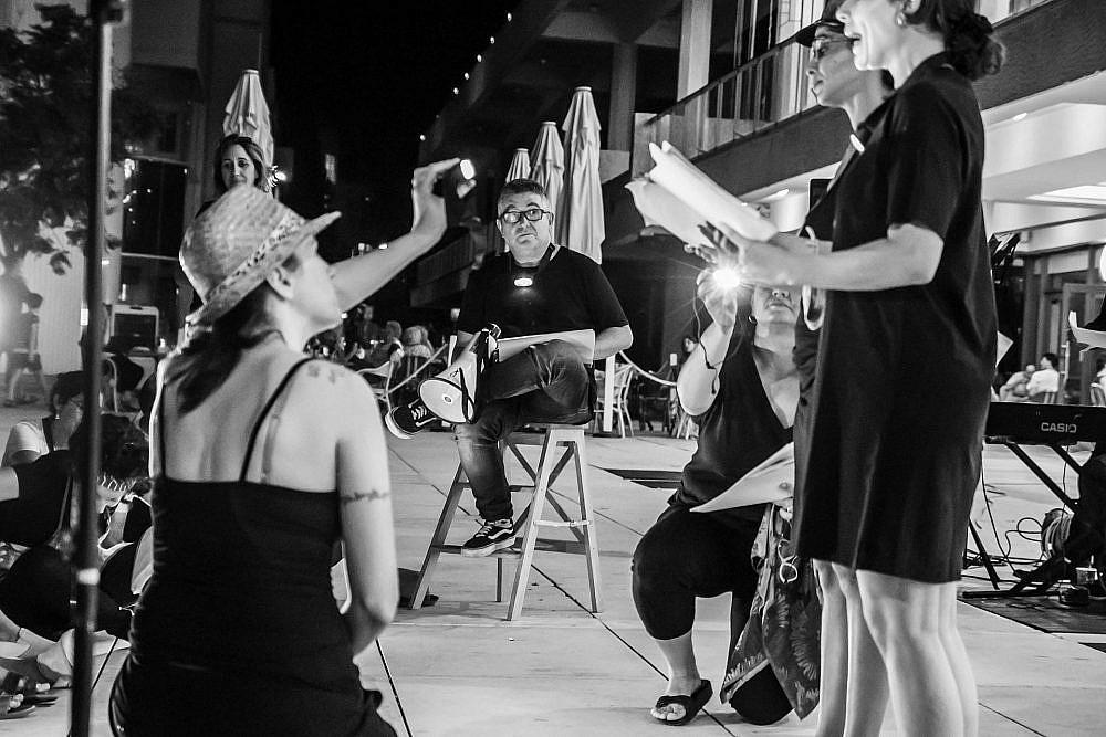 פסטיבל ארט-אח בכיכר הבימה (צילום: תמרי גת)