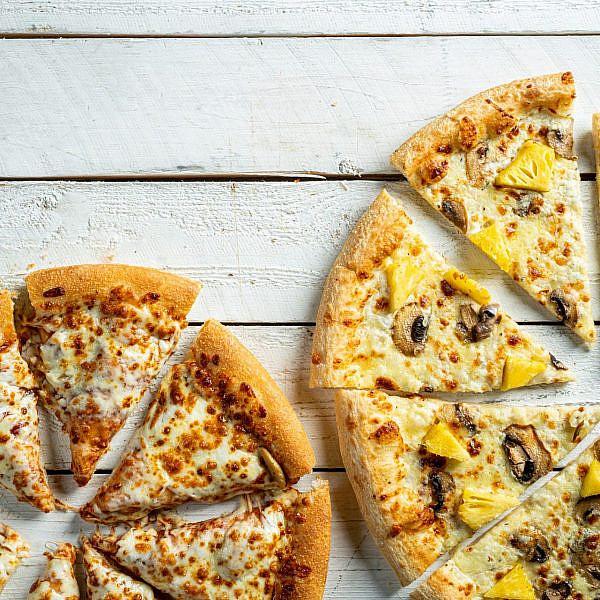 פיצה האט, הפיצה הלבנה (צילום: אסף קרלה)