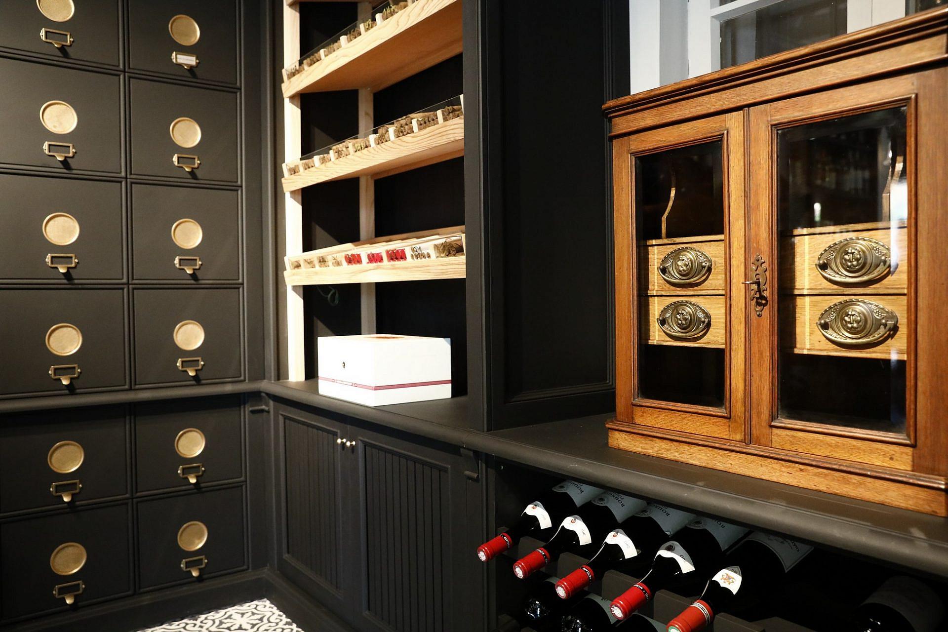 חדר קירור ליום לח. Just Cigars. צילום: באדיבות מגזין סיגר