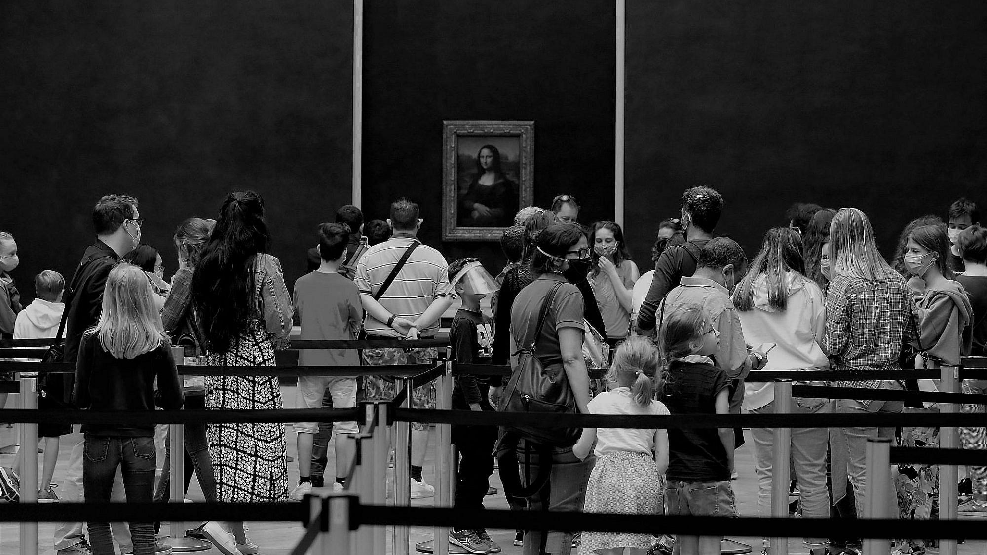 עולם ללא תרבות. המונה ליזה במוזיאון הלובר עם פתיחתו מחדש ביולי (צילום: גטי אימג'ס)