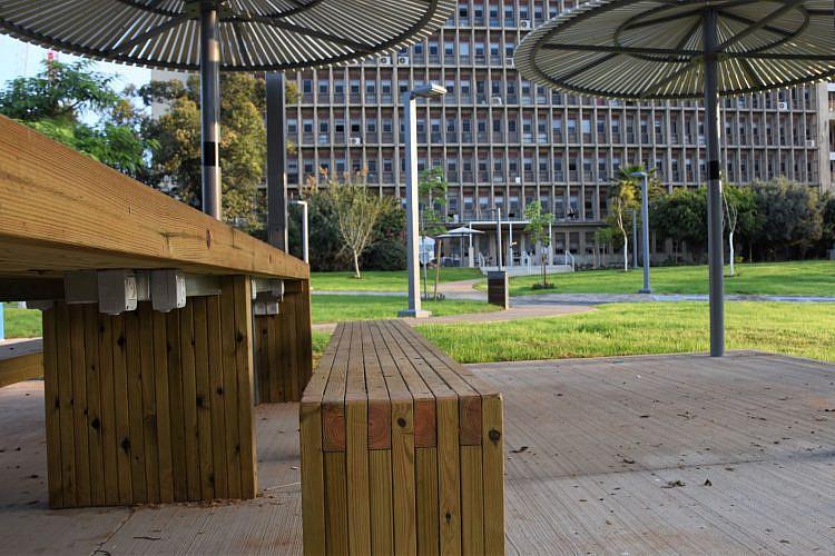 מרחב העבודה הציבורי-שיתופי בגינת ההסתדרות החדשה (צילום: דוברות ההסתדרות)