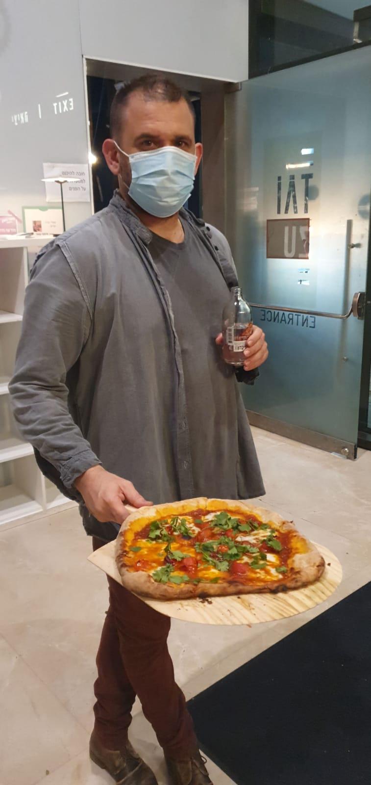 פיצה בטאיזו, ההיית או חלמנו חלום? (בדצמבר תפסנו אותם על חם בשלב הניסויים)