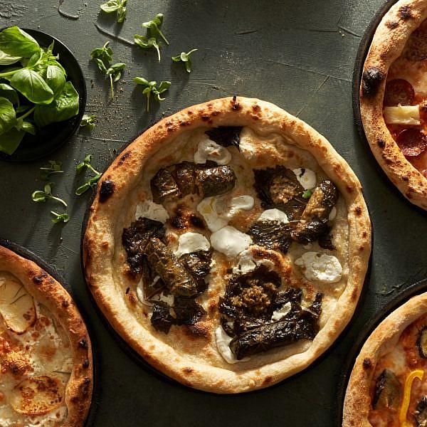 איך בוחרים מכל הטוב הזה? בבקה פיצה (צילום: אנטולי מיכאלו)