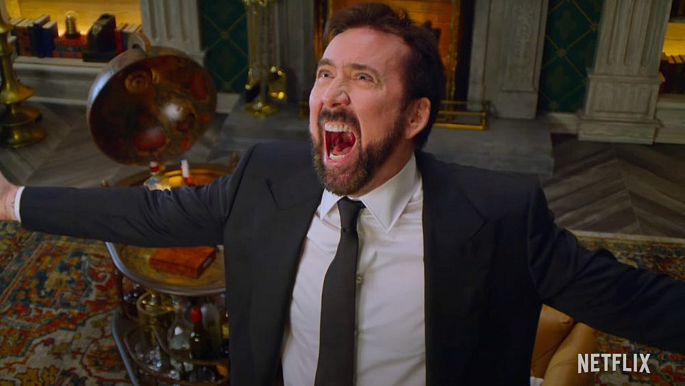 """סופסוף תפקיד מושלם לאובר-אקטינג. ניקולס קייג' ב""""תולדות הקללות"""" (צילום: Netflix)"""