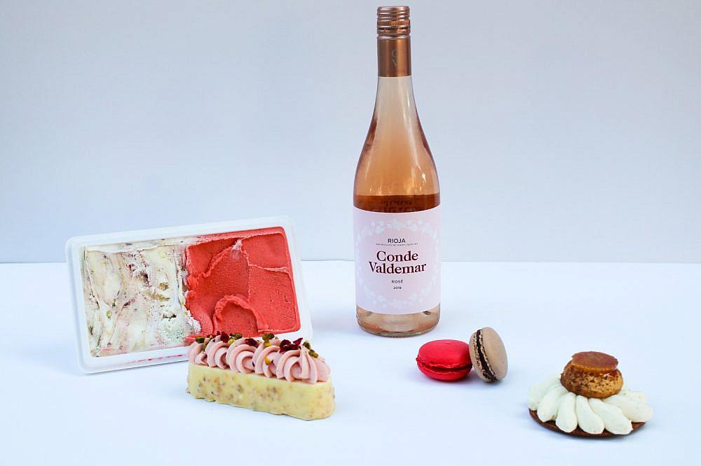 """יין, גלידה וקינוחים (צילום: יח""""צ)"""