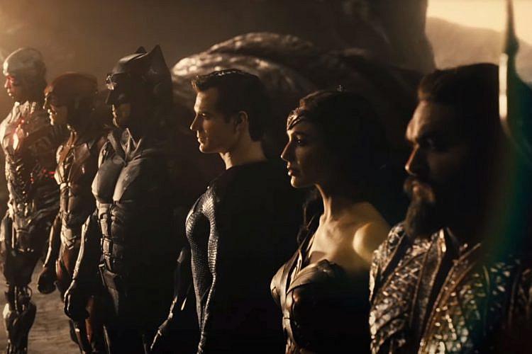 """ובכן, זאק סניידר באמת אוהב את גיבורי העל שלו. """"ליגת הצדק: סניידר קאט"""""""