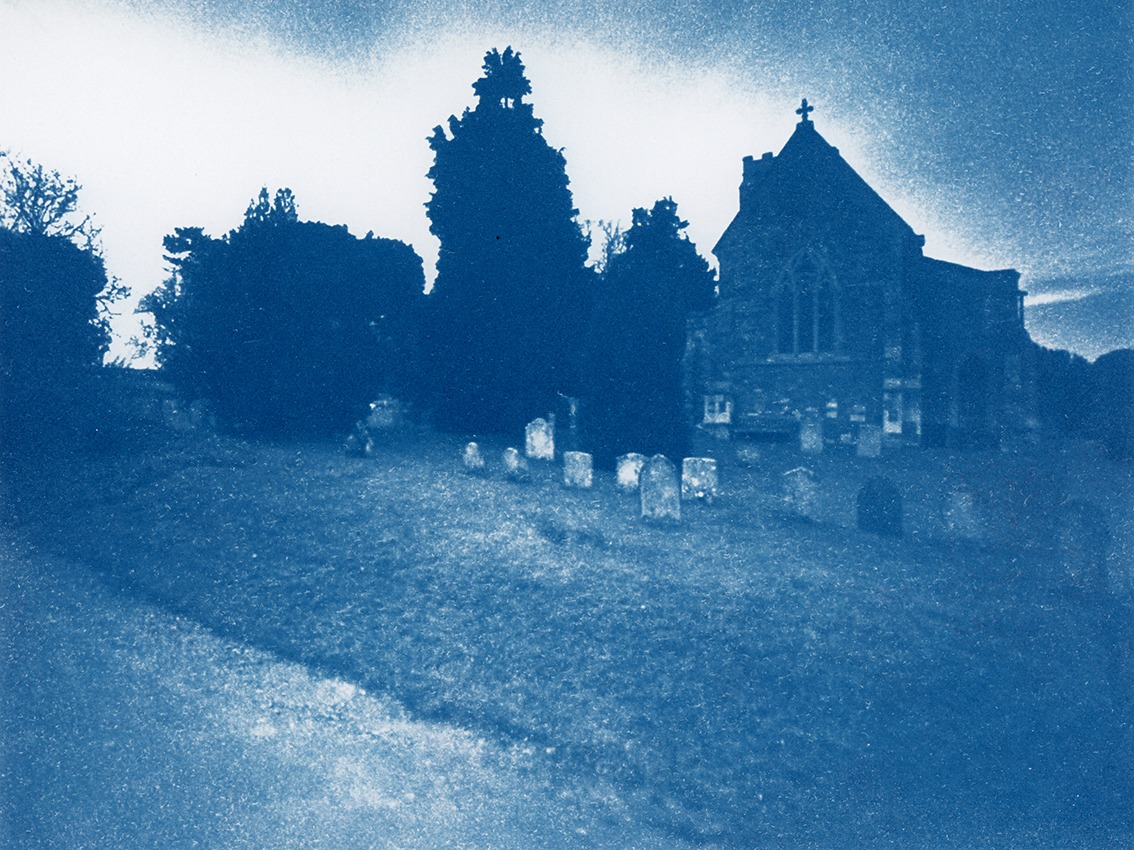 """מתוך """"The Blue Hour"""" של אורי גרשוני"""