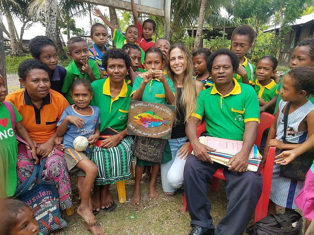 אוולין אנקה בפפואה ניו גיני (צילום: אוולין אנקה)