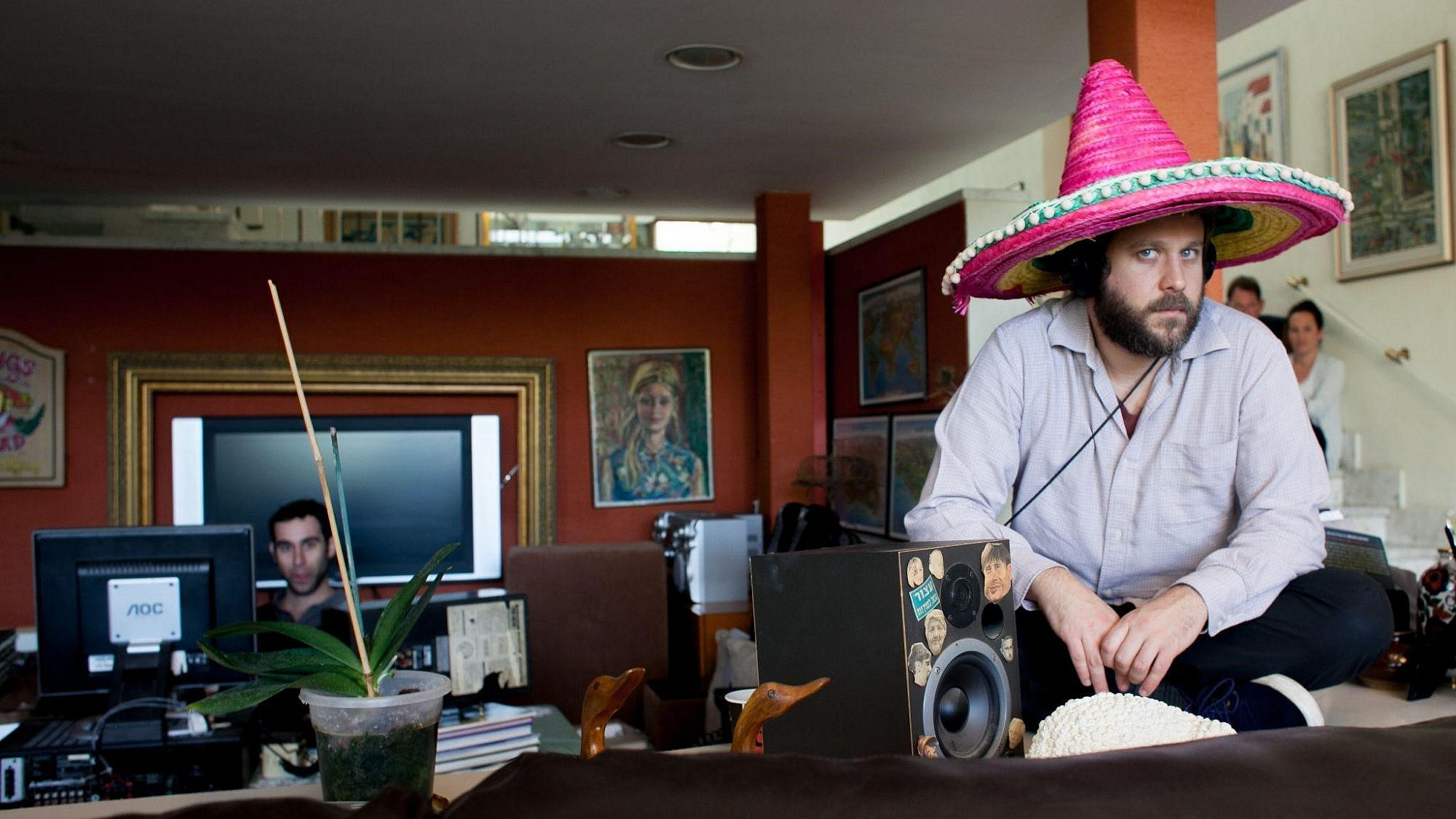 נועם בפאזה מקסיקנית קצרה במהלך ההקלטות של 'הורה הסלמה'