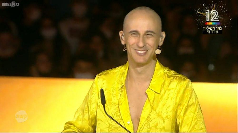 הנה אפילו אמדורסקי מחייך. עוד הוכחה שהעונה הזאת היא הצלחה. הכוכב הבא (צילום מסך: קשת 12)