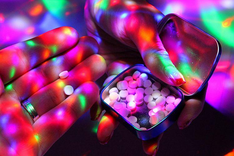 תתחילו לקחת את הסמים שלכם ברצינות (צילום: שאטרסטוק)