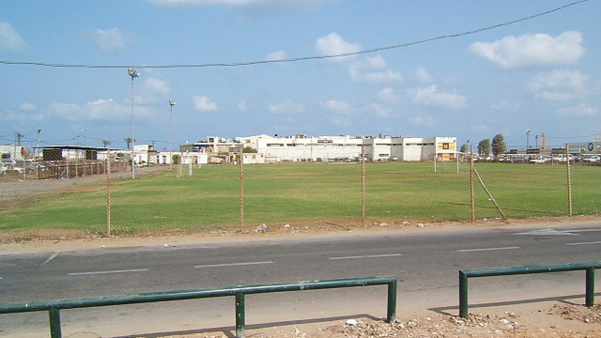 """אצטדיון המכביה ז""""ל. מתוך ויקיפדיה"""