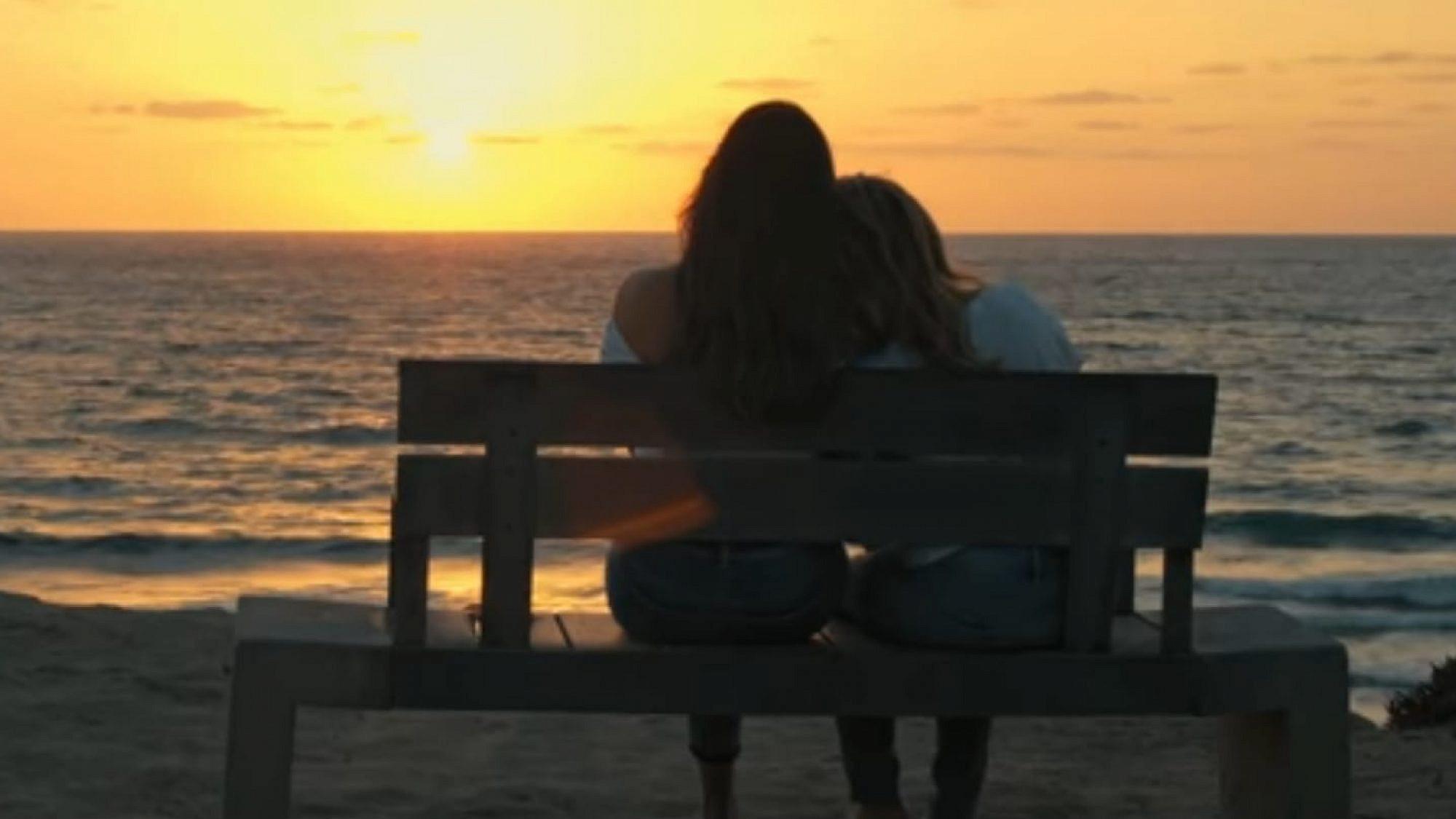מתוך הקליפ של שרית חדד 'אהבה כמו שלנו'
